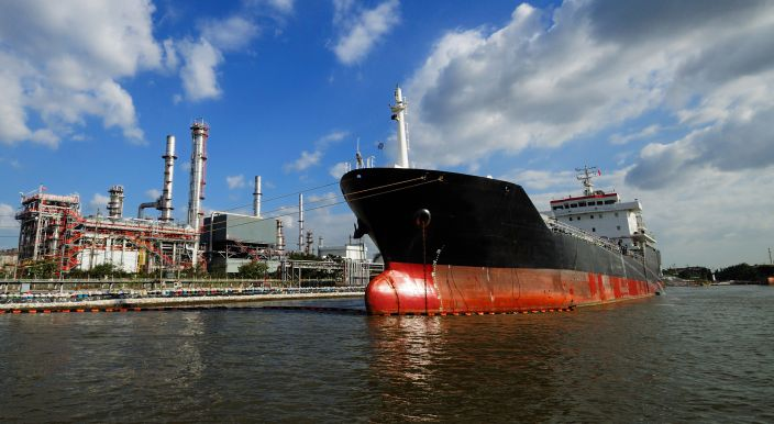 singapore-tanker-sale-and-purchase